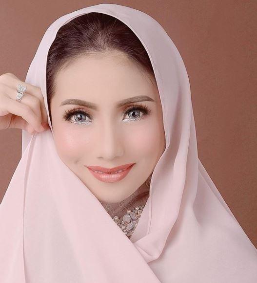 5 Kisah awal percintaan Siti KDI istimewa