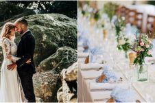 Viral mempelai pengantin jadi petugas pengantar konsumsi tamu