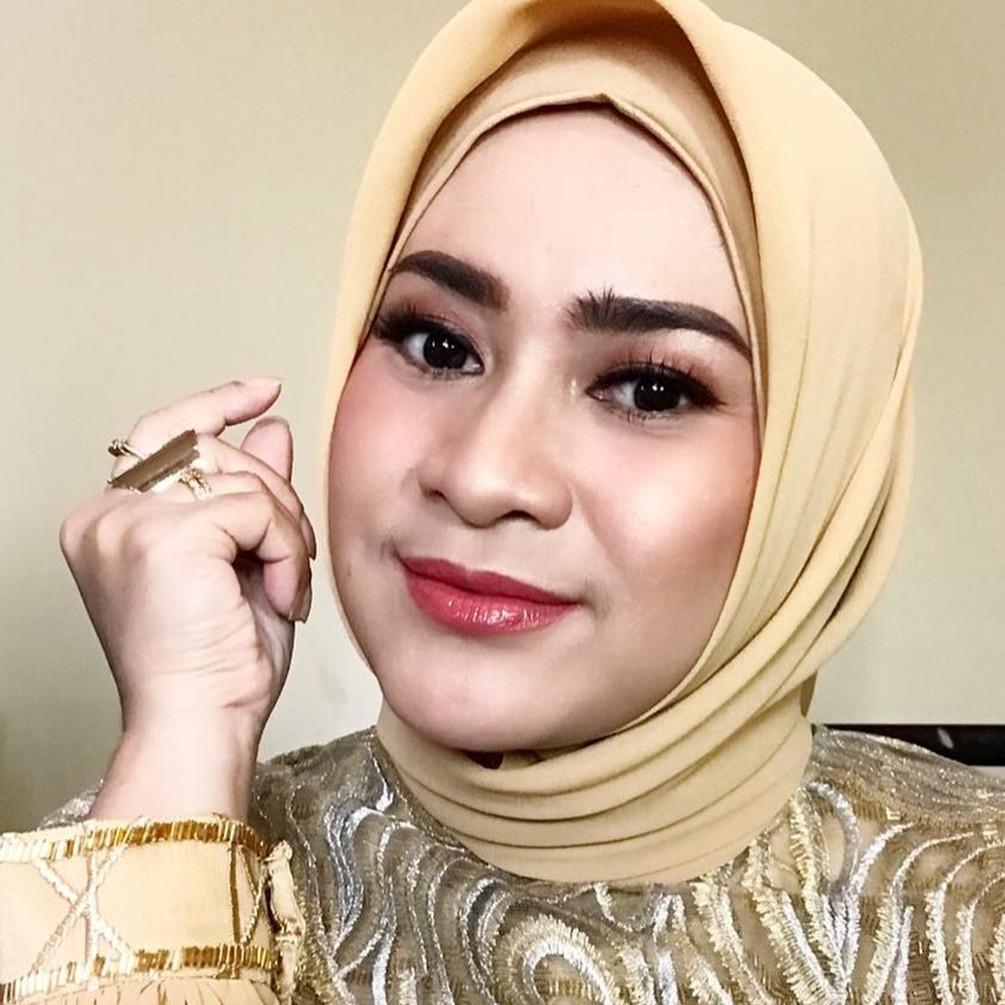 Menawan di usia 46 tahun, ini 10 pesona Ikke Nurjanah tanpa makeup