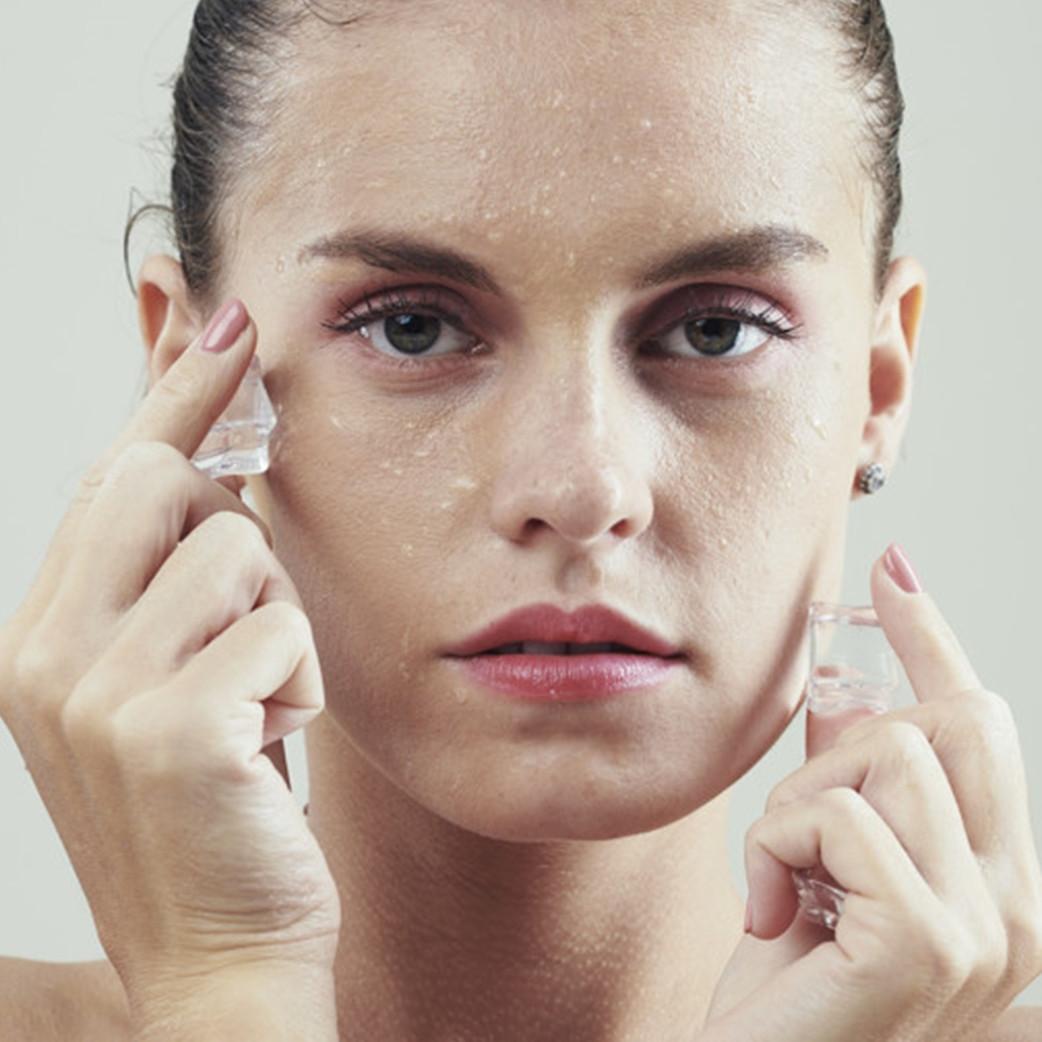 15 Manfaat es batu untuk kecantikan, bisa mengecilkan pori-pori