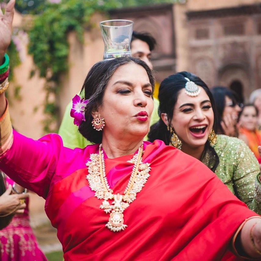 seleb Bollywood honoris causa © 2020 berbagai sumber