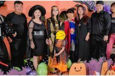 10 Momen Sarwendah rayakan Halloween, penampilannya jadi sorotan