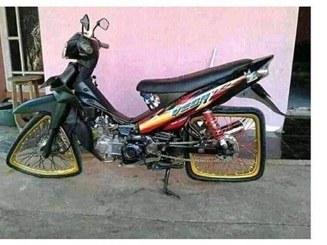 roda motor absurd Berbagai sumber
