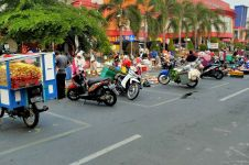 Physical distancing Pasar Ir Soekarno, pedagang sehat omzet meningkat