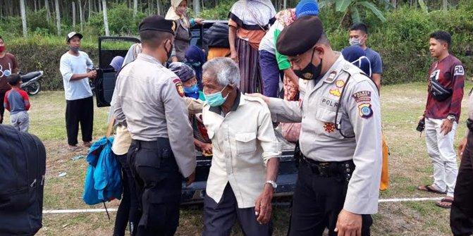 Evakuasi warga lereng Gunung Merapi mulai dilakukan