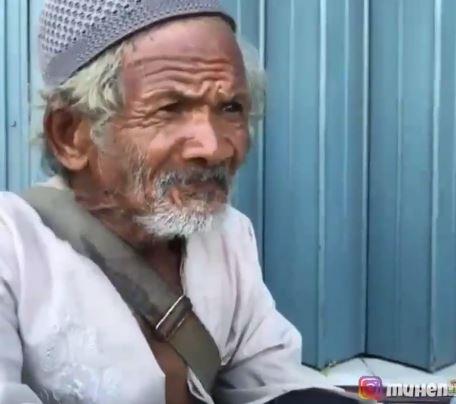 Kakek 85 tahun cari rezeky meski bungkuk Berbagai sumber