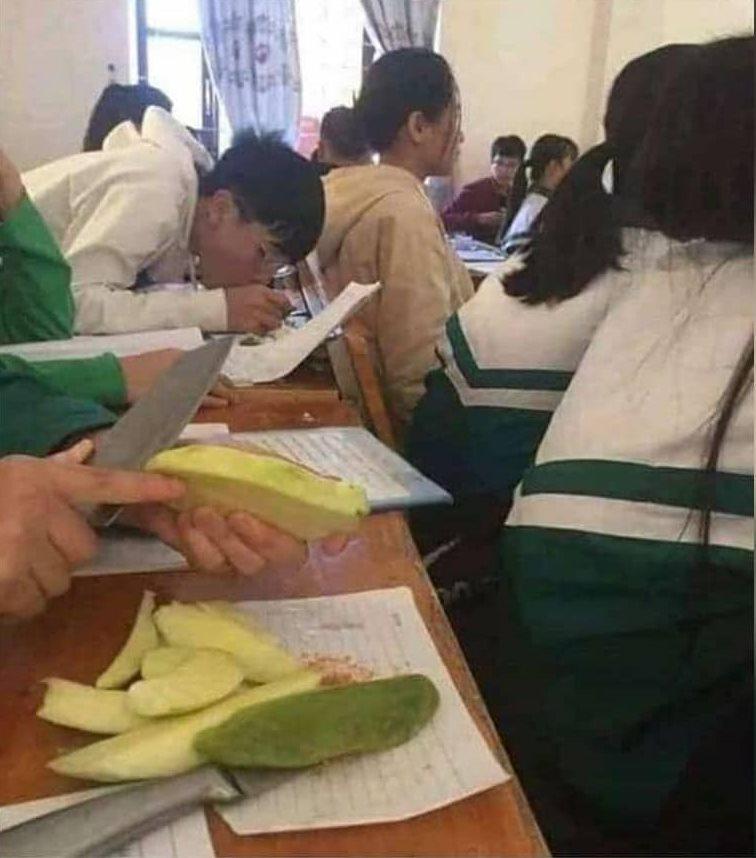 momen gabut siswa di kelas © Instagram