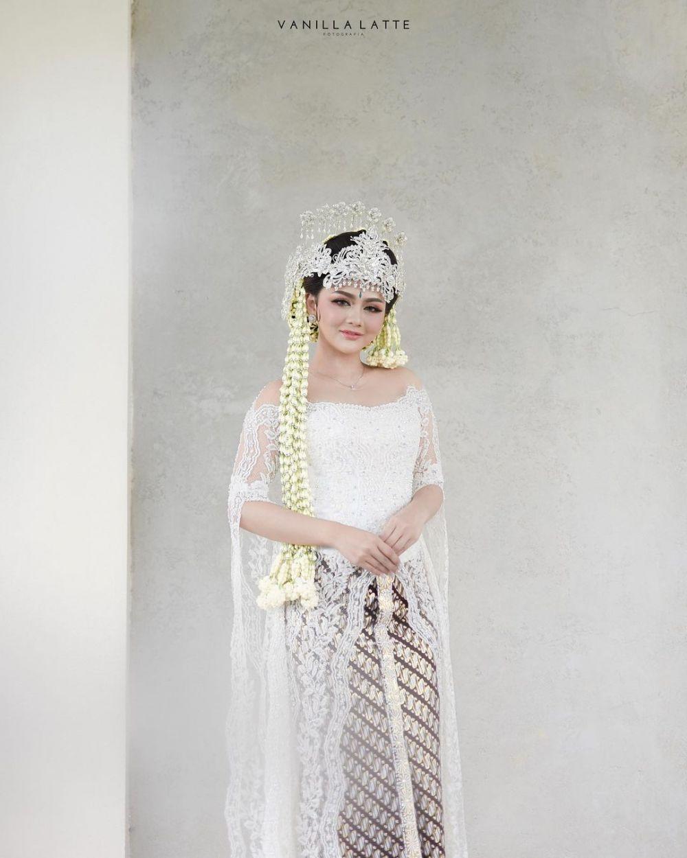 Jenita Janet menikah © Instagram