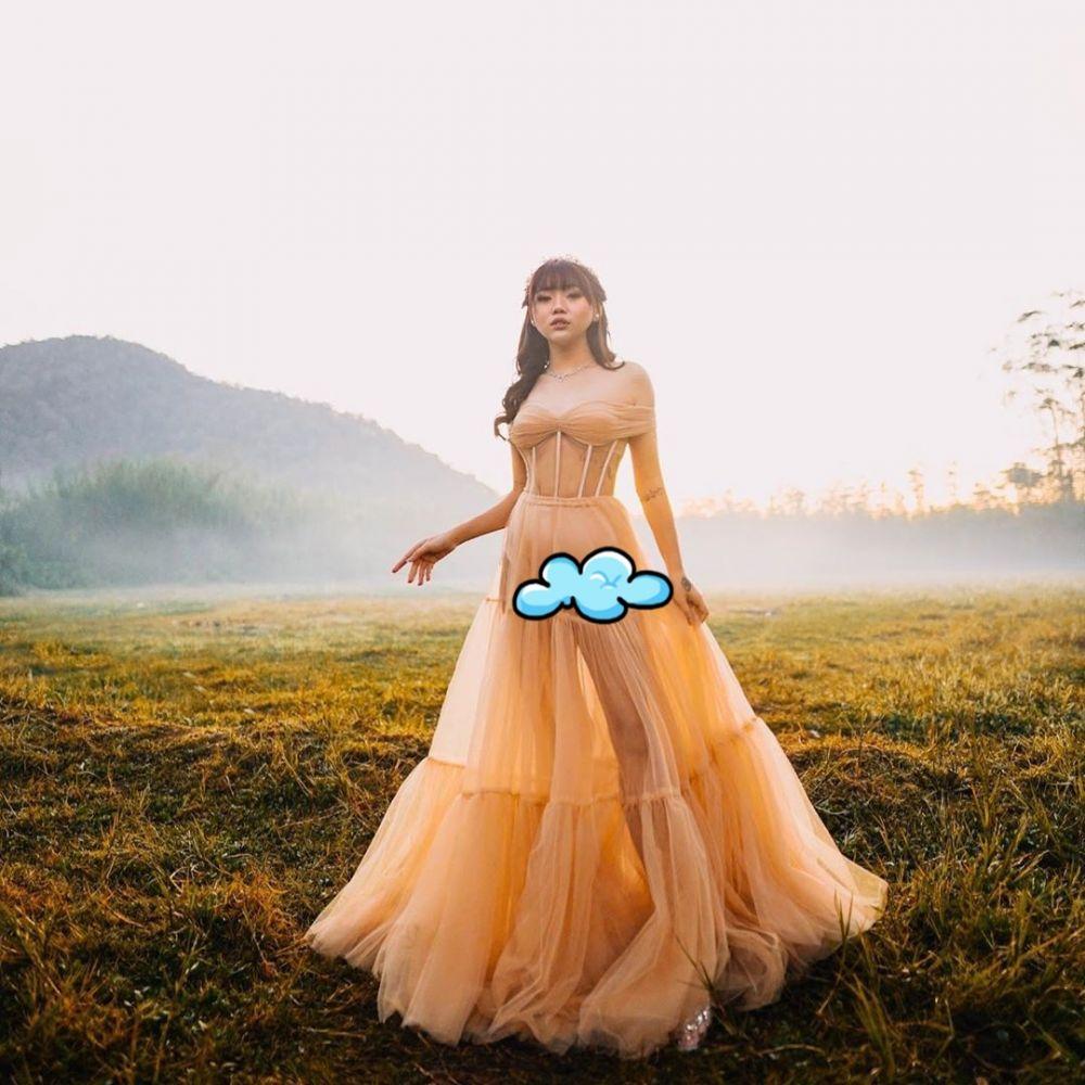 prewedding outdoor Wendy Reza © Instagram