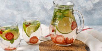 6 Manfaat infused water untuk kecantikan, jaga berat badan ideal