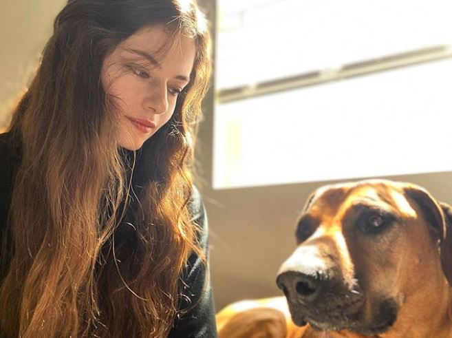 Mackenzie 20 tahun © Instagram