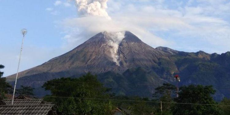 Kondisi terkini Gunung Merapi, diprediksi letusan melebihi
