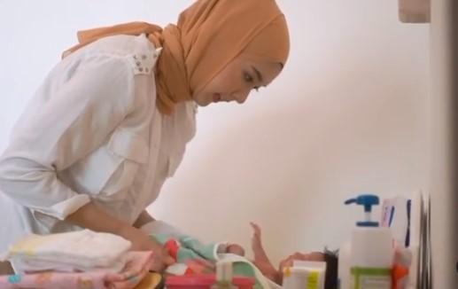 Penampilan baru Kevin Lilliana dengan hijab © Instagram