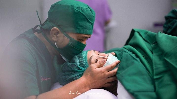 Oki Setiana Dewi melahirkan anak ke-4 © 2020 brilio.net