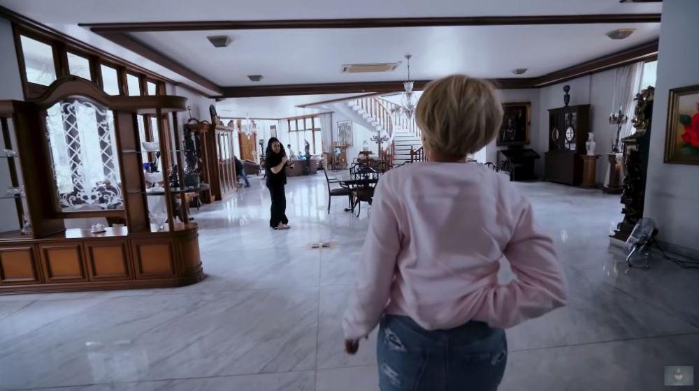 rumah keluarga Jennifer Jill © YouTube