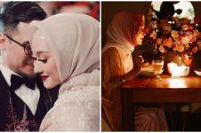 10 Momen dinner ultah pernikahan Dian Pelangi, menunya jadi sorotan