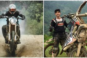10 Potret Darius Sinathrya naik motor trail, gayanya bak anak 20-an