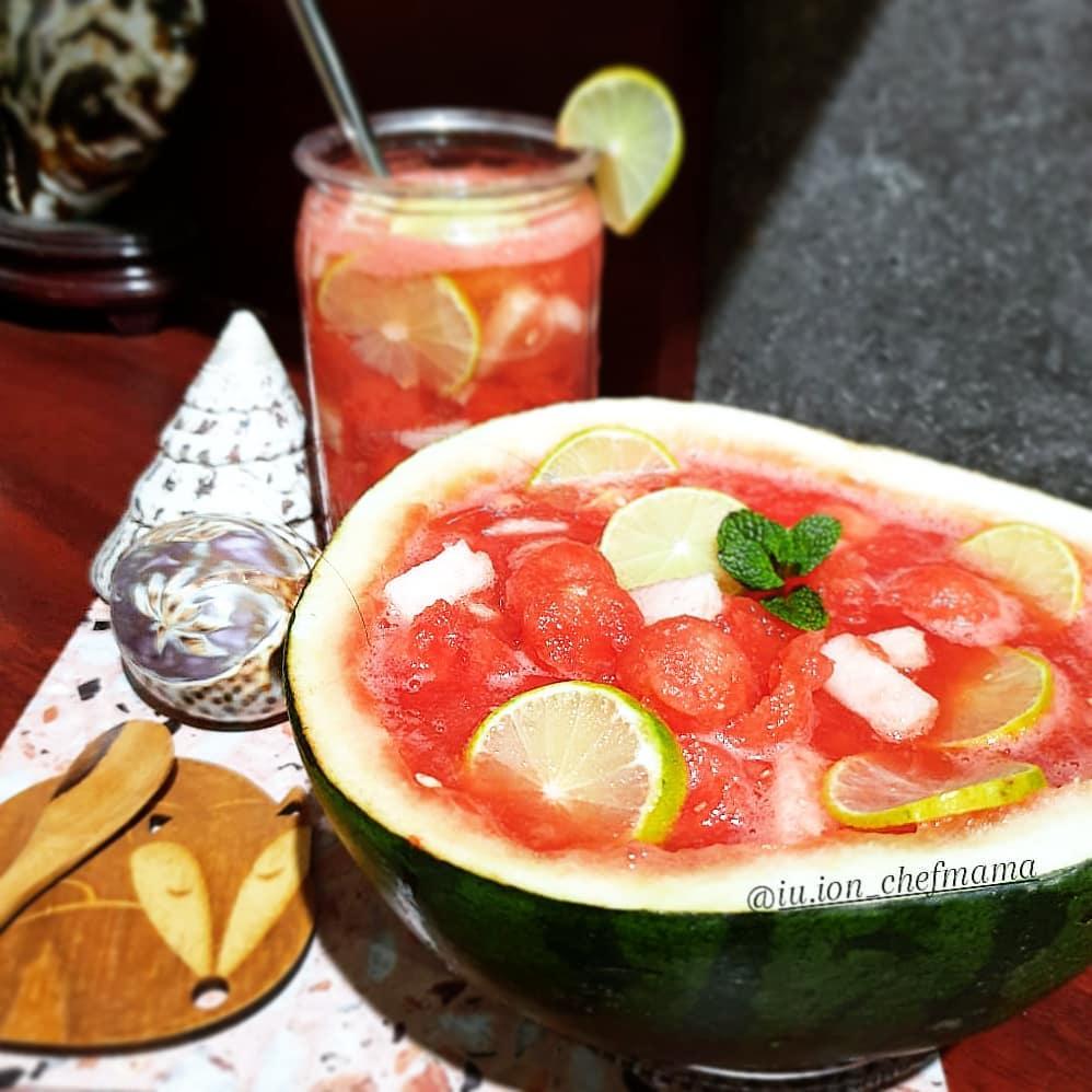 Resep minuman berbahan semangka © freepik.com