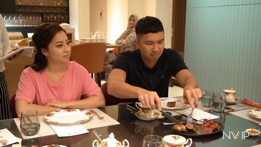 dinner Nikita Willy © YouTube