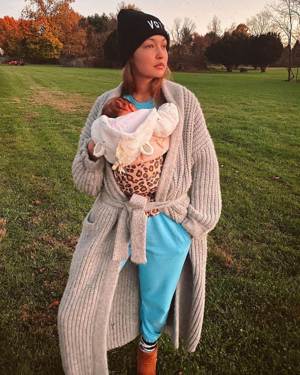 Gigi Hadid perdana unggah momen momong anak Instagram