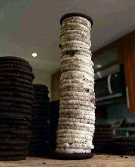 cara nyeleneh menikmati biskuit Berbagai sumber