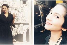 10 Potret lawas Vira Yuniar, cantiknya tak luntur