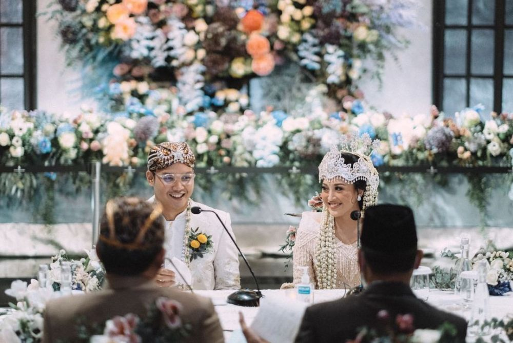 pernikahan anak hetty © Instagram