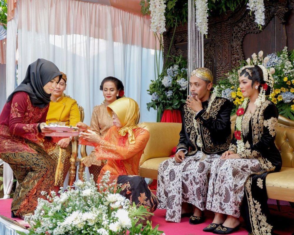 Momen pernikahan di sinetron bikin baper © Instagram