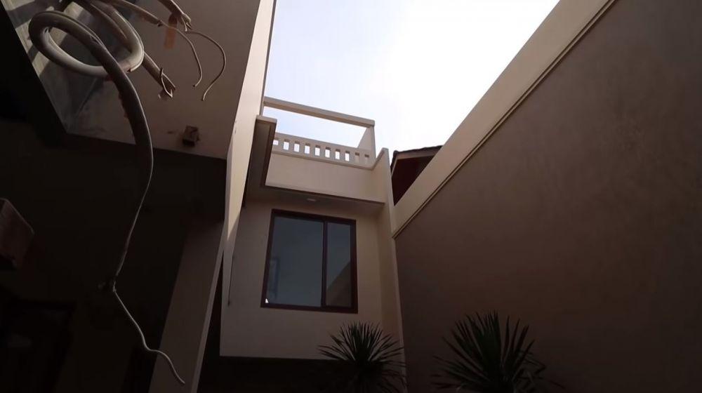 potret rumah baru Cut Meyriska © YouTube