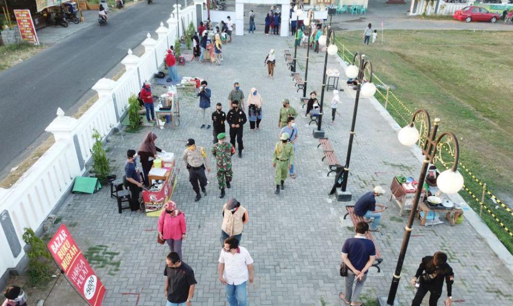 Liputan Pasar Covid Jambidan © 2020 brilio.net