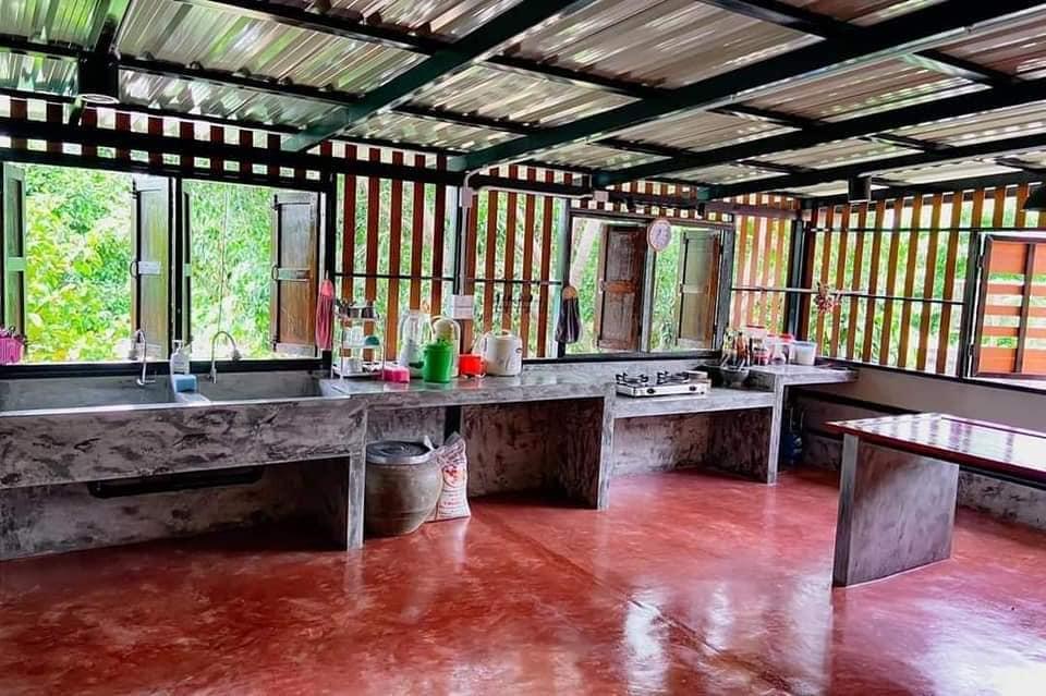 Tampak bersih & rapi, 6 potret dapur tradisional ini bikin orang ngeri facebook.com/maafsebut - Jeje