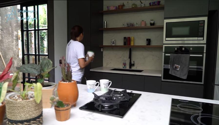 10 dapur donna agnesia © YouTube