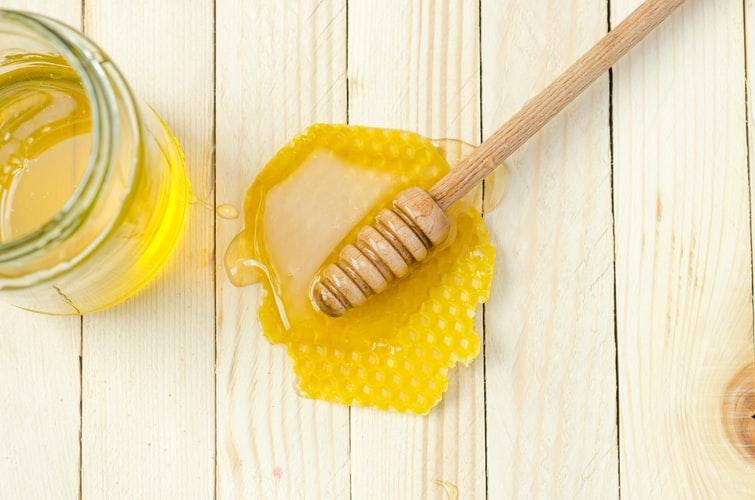 Manfaat madu dan kopi untuk wajah © unsplash.com
