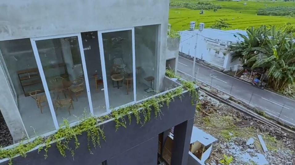 Rumah Ayudia dan Ditto di Bali © 2020 brilio.net YouTube