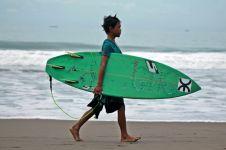 Surfing bisa jadi sport education, kejar prestasi sambil rekreasi