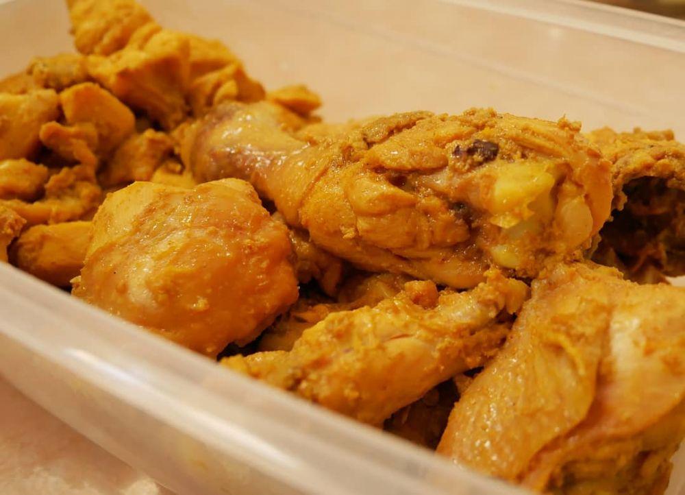 Resep ayam bumbu kuning © Instagram