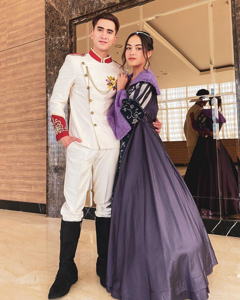 Verrel Bramasta berbagai kostum © 2020 Instagram