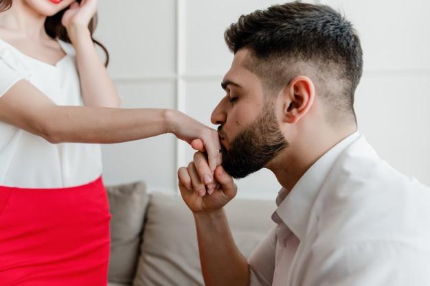 Kata-kata cinta untuk calon suami © 2020 brilio.net