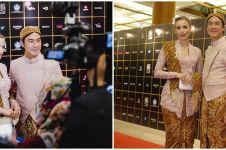 11 Pesona Daniel Mananta & istri kompak pakai baju adat Jawa, menawan