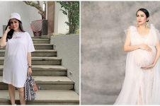 8 Gaya pemotretan maternity Momo Geisha, kenakan 3 gaun berbeda