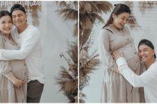 7 Potret Chelsea Olivia usai melahirkan, panen pujian
