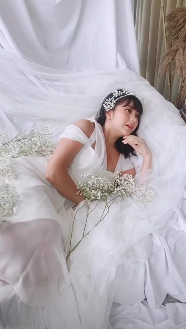 Pemotretan Ghea Indrawari ala Korean look © Instagram