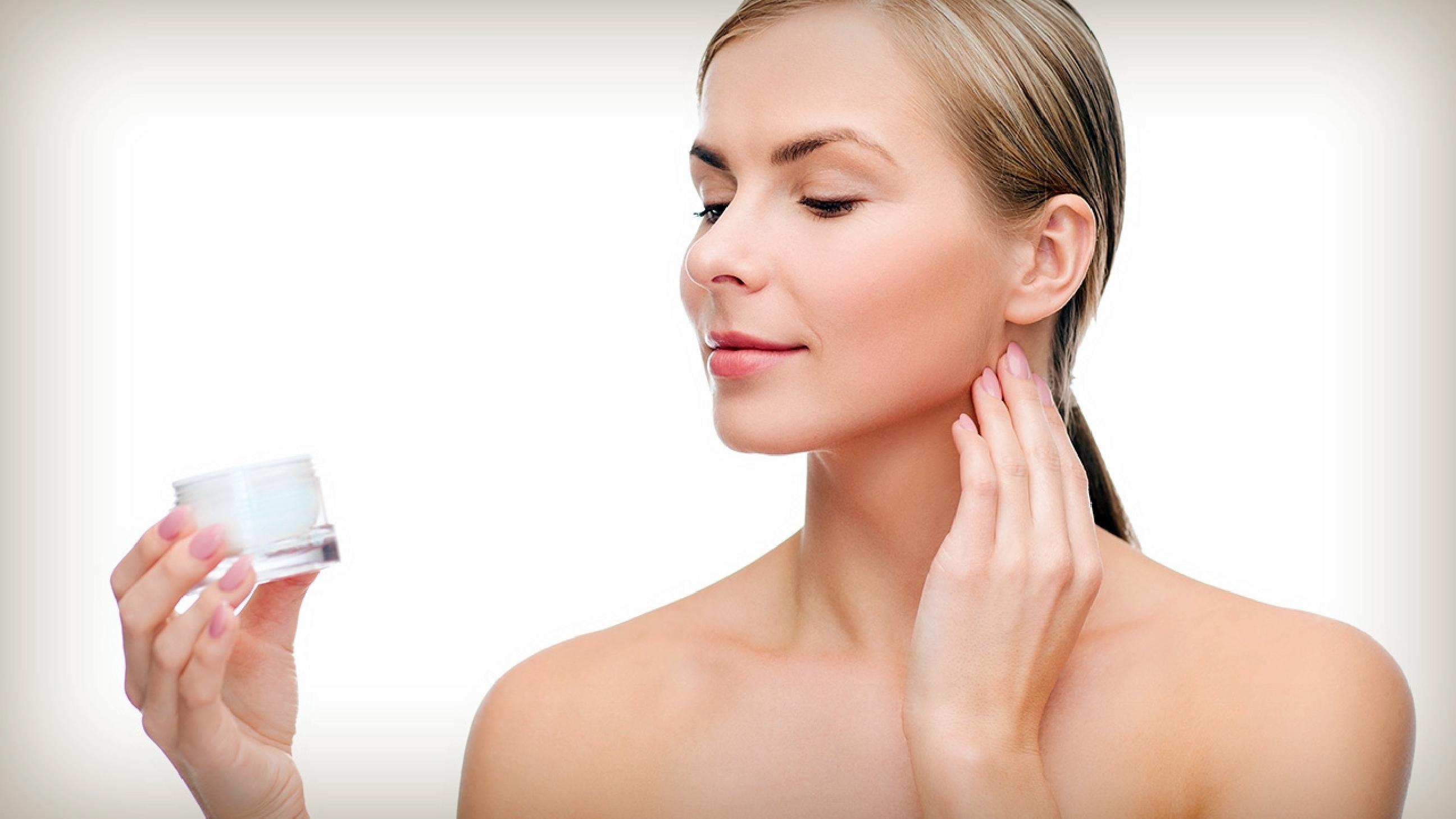 5 Tips merawat kesehatan kulit, pilih rangkaian produk yang cocok ya