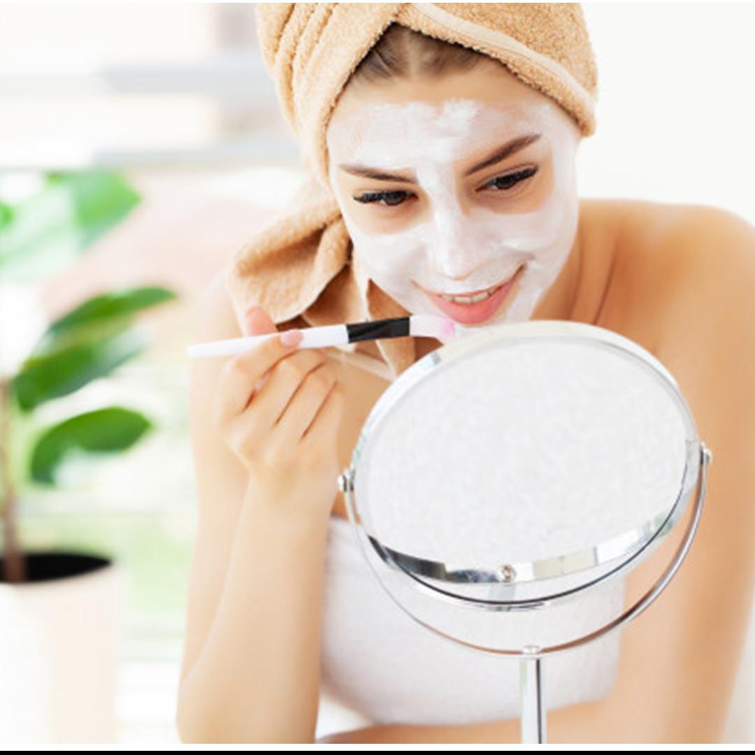 Cara membuat masker dari lidah buaya & tepung beras, bikin kulit halus
