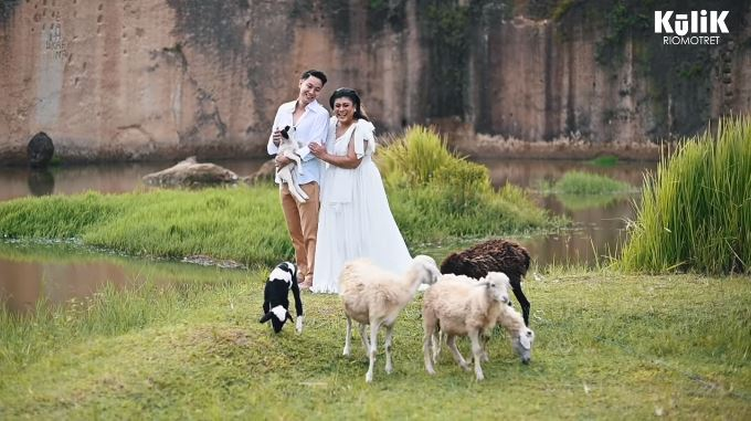 pemotretan prewedding dengan hewan © Instagram