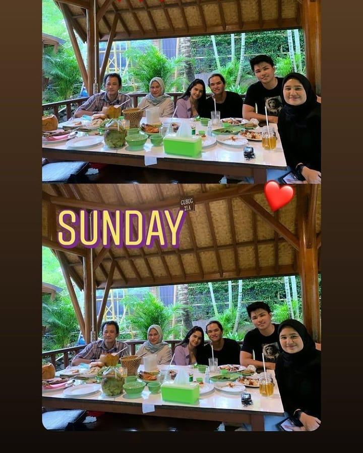dul bareng keluarga tissa © Instagram