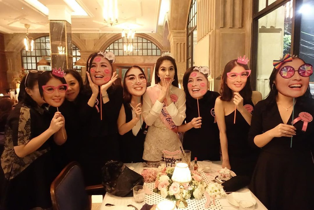 Bridal shower pesinetron nyeleneh © Instagram