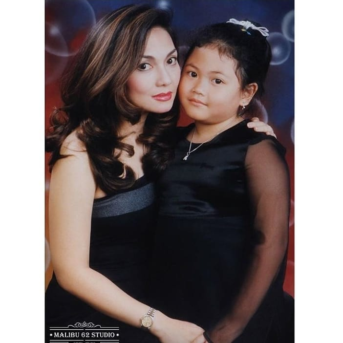 Potret kompak Nia Daniaty dan putri sulung © Instagram