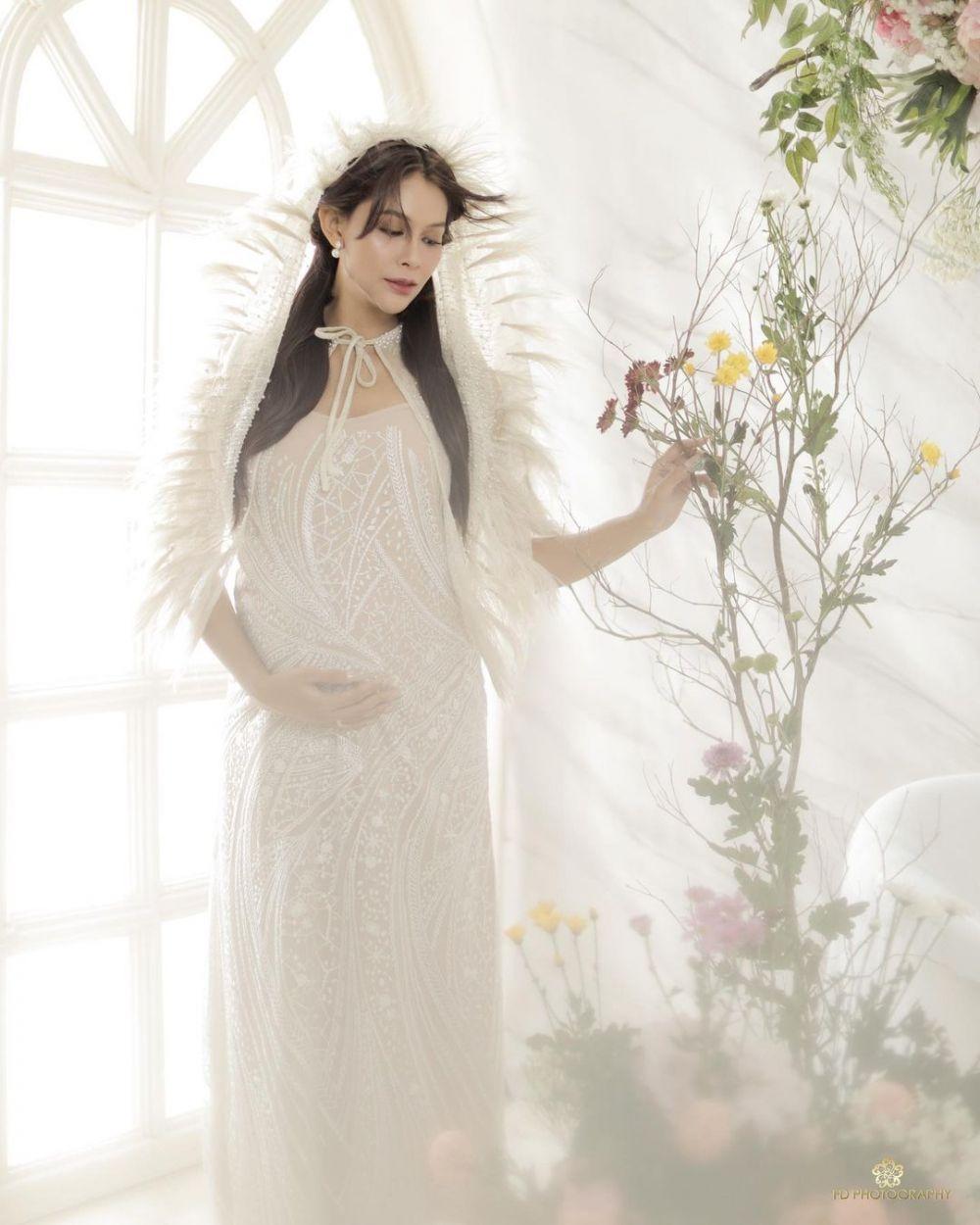 maternity terbaru bunga jelitha © Instagram