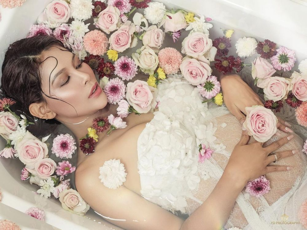 maternity bunga jelitha di bath up © Instagram